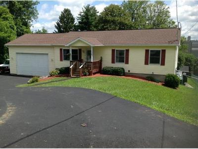 Endicott NY Single Family Home For Sale: $179,900