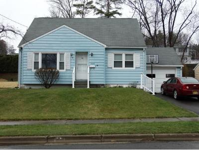 Endwell NY Single Family Home For Sale: $125,000