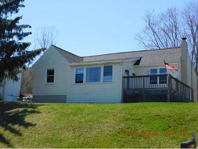 Owego NY Single Family Home For Sale: $124,900