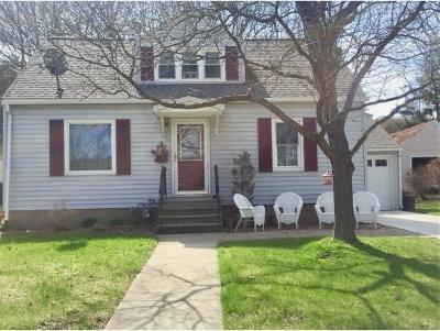 Binghamton NY Single Family Home For Sale: $135,000