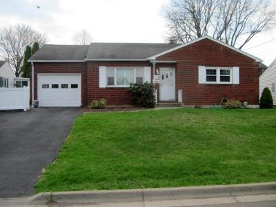 Endwell NY Single Family Home For Sale: $145,000