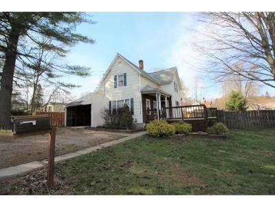 Single Family Home For Sale: 14 Clinton Street