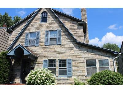 Binghamton Single Family Home For Sale: 20 Rotary Ave