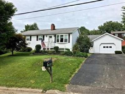 Endicott NY Single Family Home For Sale: $149,000