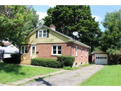 Vestal Single Family Home For Sale: 201 Edgewood Rd