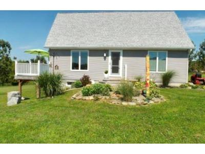 Whitney Point NY Single Family Home For Sale: $199,900