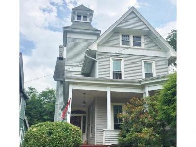 Binghamton NY Single Family Home For Sale: $149,000