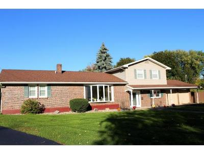 Binghamton NY Single Family Home For Sale: $189,900