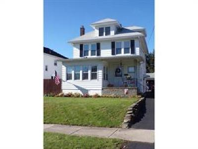 Binghamton NY Single Family Home For Sale: $145,700