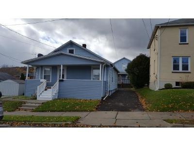 Endicott NY Single Family Home For Sale: $89,000