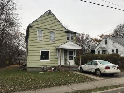 Binghamton Multi Family Home For Sale: 3 Berwick Ave