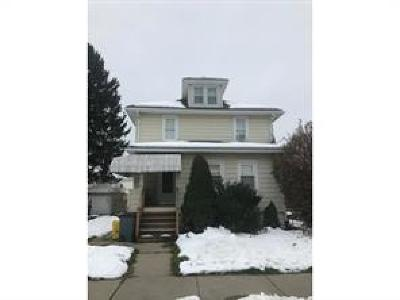 Multi Family Home Pending: 18 Plymouth Sreet