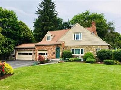 Vestal NY Single Family Home For Sale: $200,000