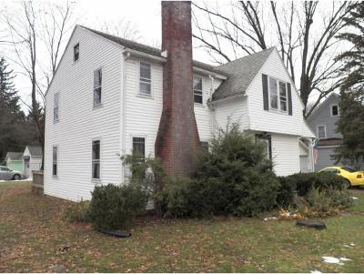Endicott NY Single Family Home For Sale: $85,000