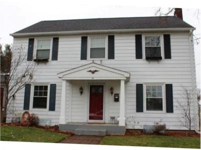 Endicott NY Single Family Home For Sale: $134,900