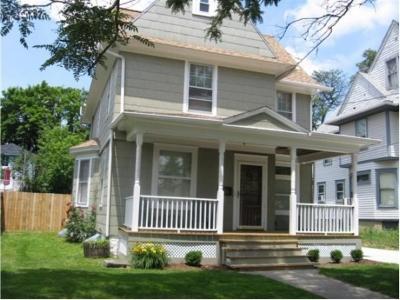 Binghamton NY Single Family Home For Sale: $169,900