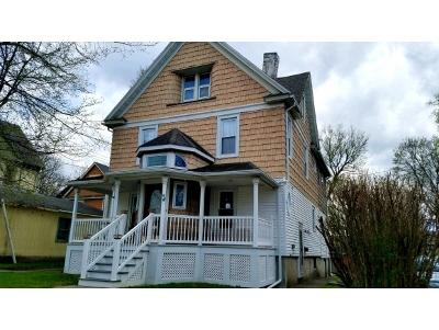 Broome County, Cayuga County, Chenango County, Cortland County, Delaware County, Tioga County, Tompkins County Single Family Home For Sale: 1 Highland