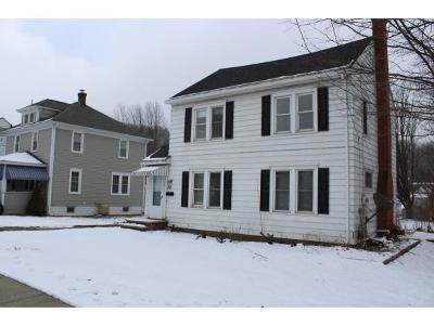 Endicott Single Family Home For Sale: 610 Main W