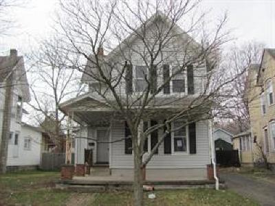 Waverly Single Family Home For Sale: 493 Fulton St