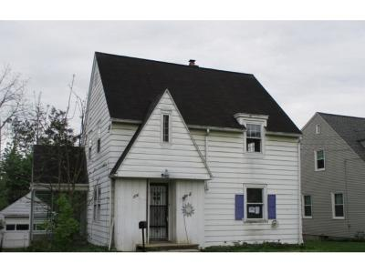 Endwell Single Family Home For Sale: 2730 Hall St