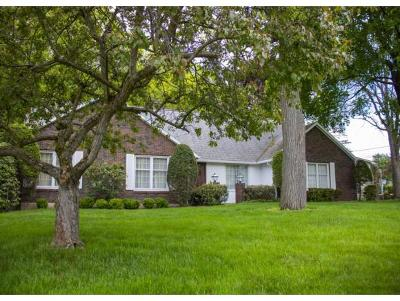 Vestal Single Family Home For Sale: 601 Midvale Rd.
