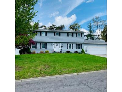 Endwell NY Single Family Home For Sale: $319,900