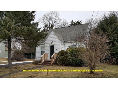 Vestal NY Single Family Home For Sale: $114,850