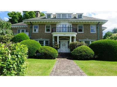 Binghamton Single Family Home For Sale: 135 Riverside Drive