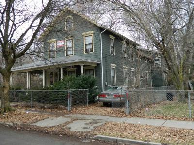 Binghamton Multi Family Home For Sale: 1 Arthur Avenue