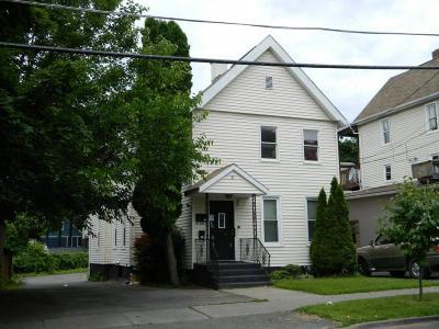 Binghamton Multi Family Home For Sale: 31 Edwards Street
