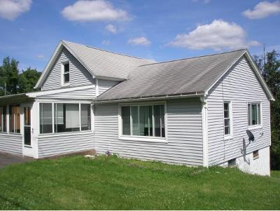 Endicott NY Single Family Home For Sale: $92,000