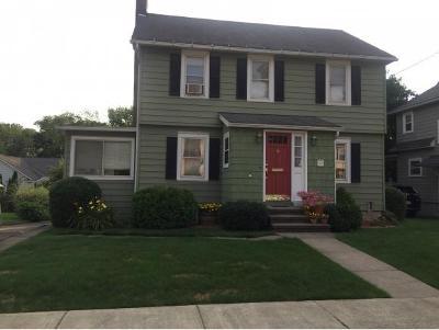 Binghamton NY Single Family Home For Sale: $139,900