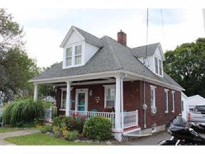 Binghamton Single Family Home For Sale: 691 State