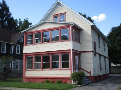 Binghamton Multi Family Home For Sale: 31 Cary