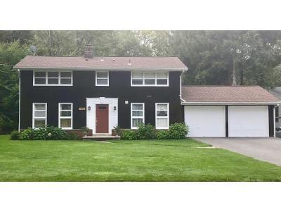 Vestal Single Family Home For Sale: 404 Murray Hill Rd.