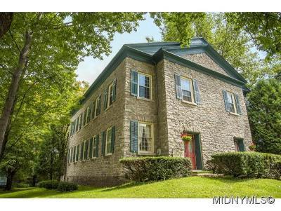 BARNEVELD Single Family Home For Sale: 146 Mappa Ave