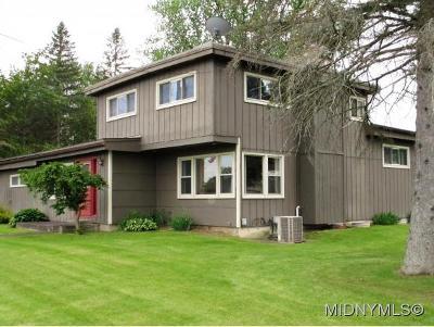 Oriskany Single Family Home For Sale: 421 Utica Street