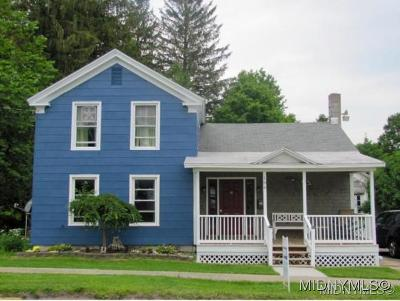 Waterville NY Single Family Home For Sale: $115,000