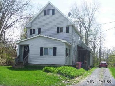 Oriskany Multi Family Home For Sale: 1417 Utica St