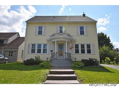 Utica Single Family Home For Sale: 4 Ferris Ave