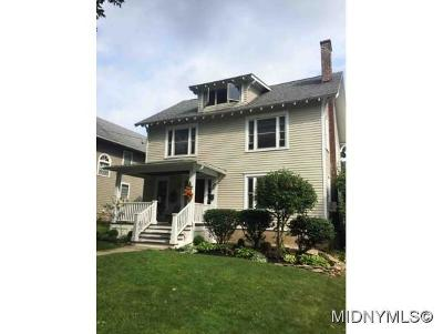 NEW HARTFORD Single Family Home For Sale: 36 Paris Road