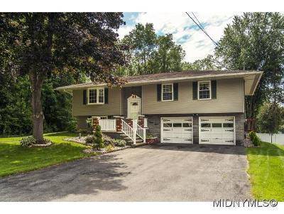 Oneida County Single Family Home For Sale: 548 Cedarbrook Cres