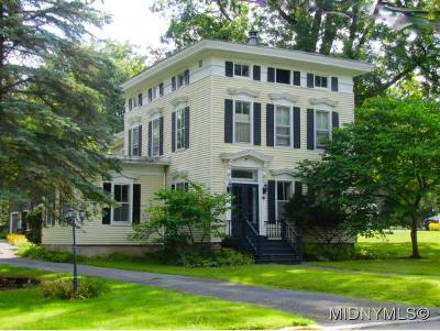 Clinton NY Single Family Home For Sale: $289,000