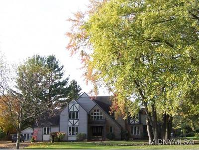SHERRILL Single Family Home For Sale: 111 West Hamilton Avenue