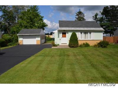 Oneida County Single Family Home For Sale: 511 Locust Drive