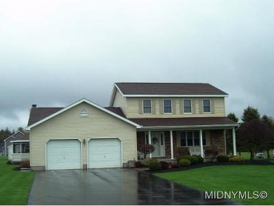 Oneida County Single Family Home For Sale: 8528 Country Club Dr.