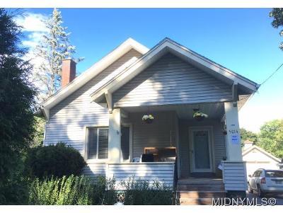 Whitestown Single Family Home For Sale: 5014 Henderson Street
