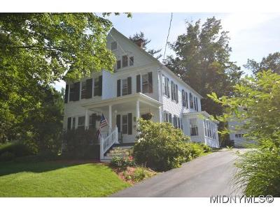 New Hartford Single Family Home For Sale: 26 Hillside