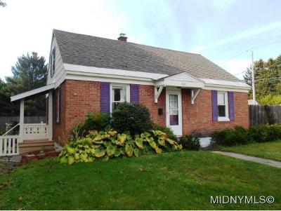 Rome Single Family Home For Sale: 400 Oakwood St