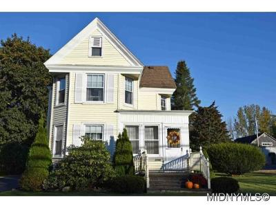 New Hartford Single Family Home For Sale: 3596 Oneida Street